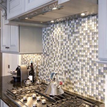 Glass-Backsplash-Tiles-min