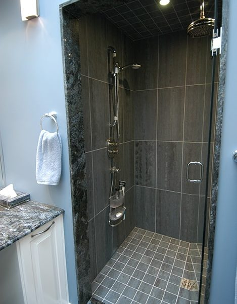 Granite-Accents-Shower