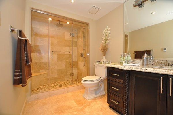 Classic Custom Home (bathroom)
