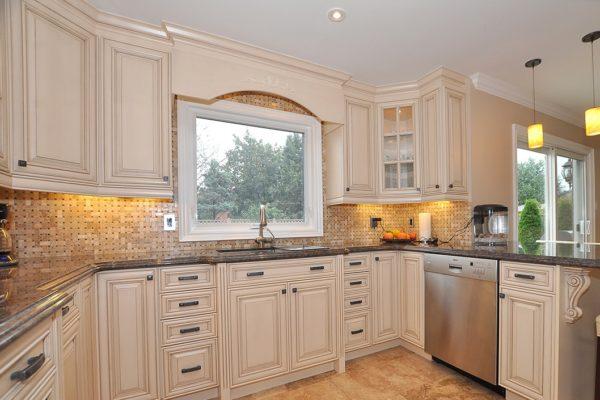 Classic Custom Home (kitchen)