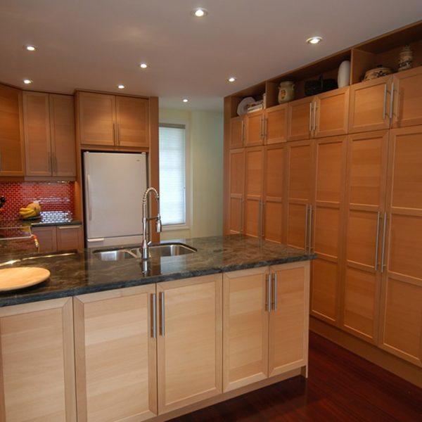 Kitchen-With-Plenty-Of-Storage-Space