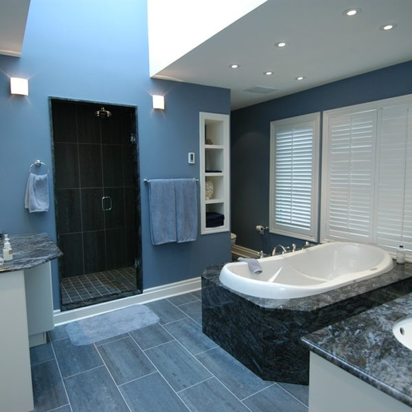 Sophisticated-Washroom-Renovation-Burlington