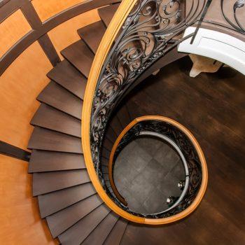Spiral_Staricase-Top-View-Custom-Home-Builder