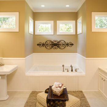 Warm-Colored-Bathrom-Remodelling-Toronto