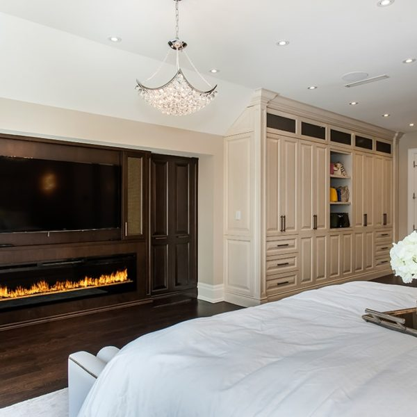 Wood-Panelling-&-Gas-Fireplace-on-Master-Bedroom