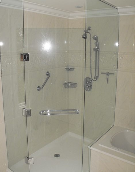Clear-Glass-Shower-Enclosure