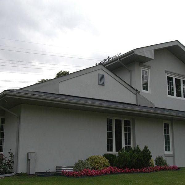 Exterior-Home-Renovation-Backyard